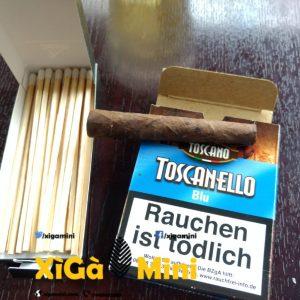 Diêm châm xì gà bên trái, giá 15k/hộp 25 que